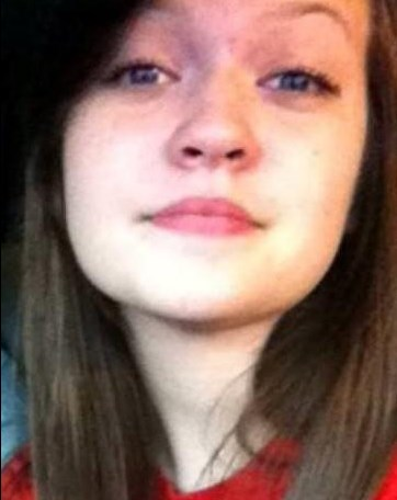 """Ashley White, 16 described as 5' 6"""" - 130 lbs - Brown eyes - Contact Crime Stoppers at (318) 673-7373 or www.lockemup.org"""