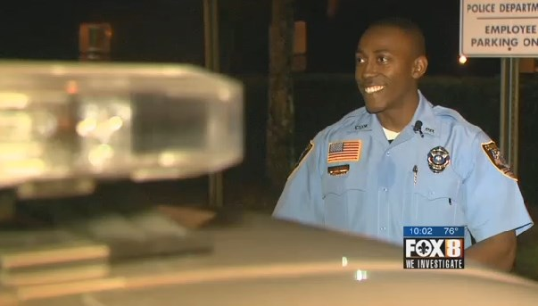 Police officer wrecks patrol car after Owl insists on #Christmas Eve ride  #Louisiana (2/3)